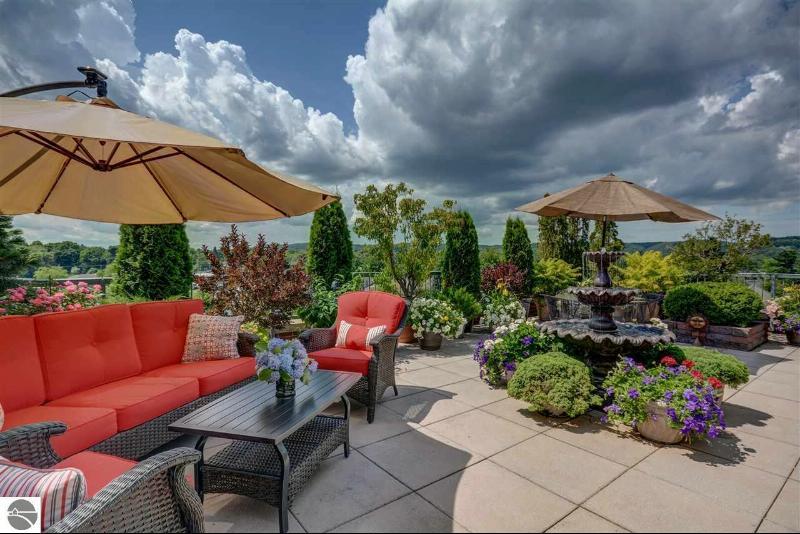 333 W Grandview Parkway Traverse City, MI 49684 by Coldwell Banker Schmidt-402 $548,700