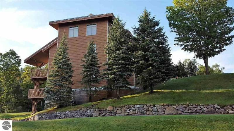 2415 Troon South,  Bellaire, MI 49615 by Coldwell Banker Schmidt-Shanty $239,000