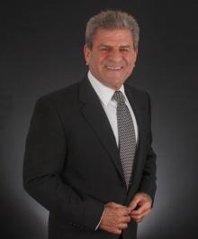 Portrait of Marc Lederman