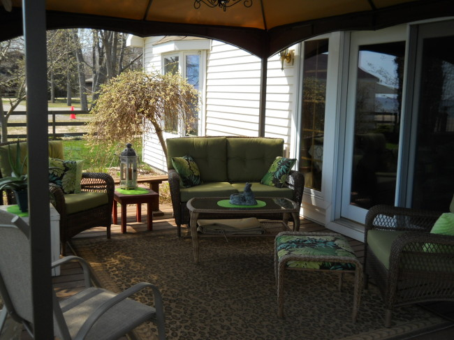2871 S US 23 Greenbush Township, MI 48738 by Real Estate One $329,900