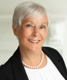 Portrait of Suzanne Head