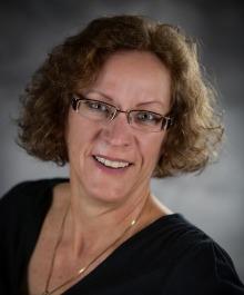 Portrait of Cindy Weyenberg