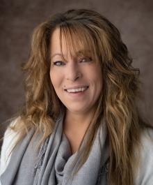 Portrait of Christy Stueber