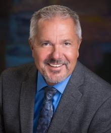 Portrait of Andrew Lindgren