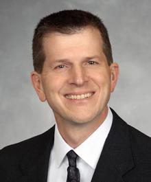 Dustin J Pocernich