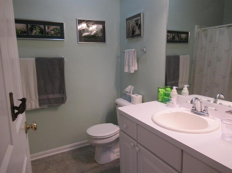 Listing Photo for 1379 Fox Pointe Circle