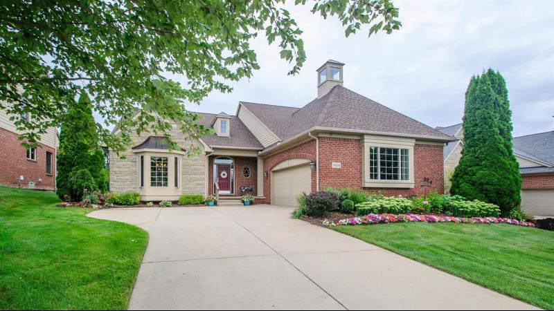 Listing Photo for 5435 Pinnacle Court