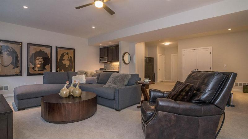Listing Photo for 4101 Duck Drive 9