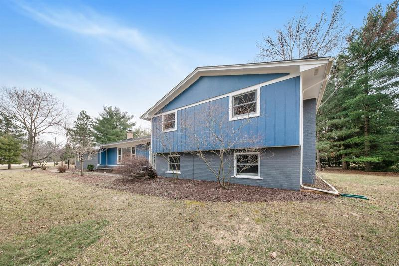 Listing Photo for 3601 Lamplighter Drive