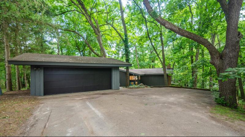 Listing Photo for 3595 Daleview