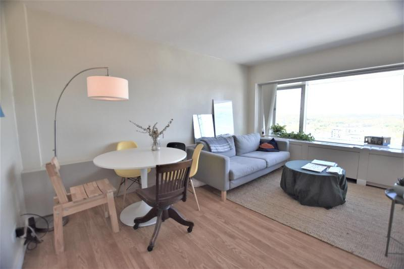 Listing Photo for 555 E William Street 24D