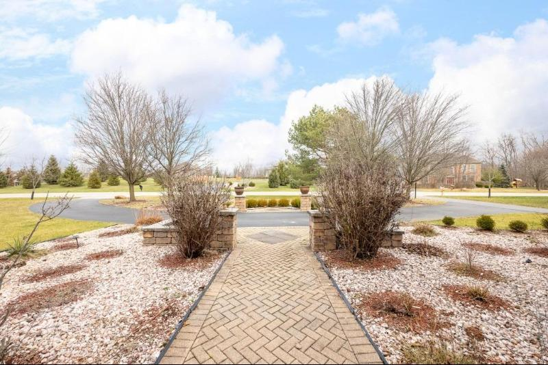 Listing Photo for 3302 Woodhill Circle