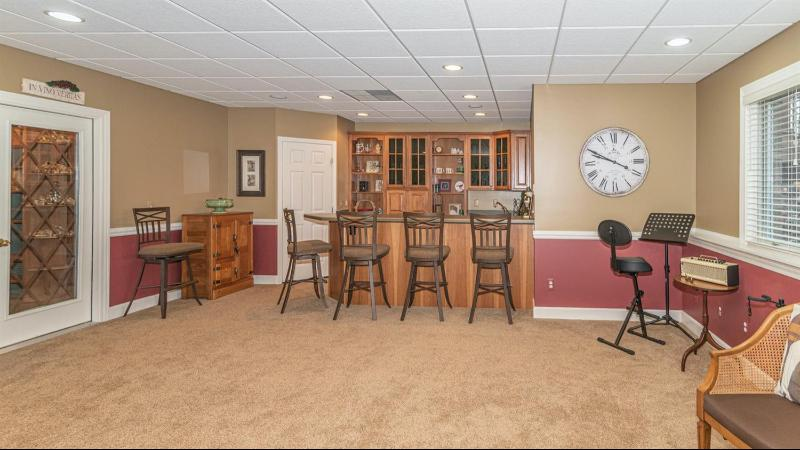 Listing Photo for 4560 Boxwood Court