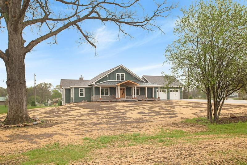 Listing Photo for 4573 Songbird Springs