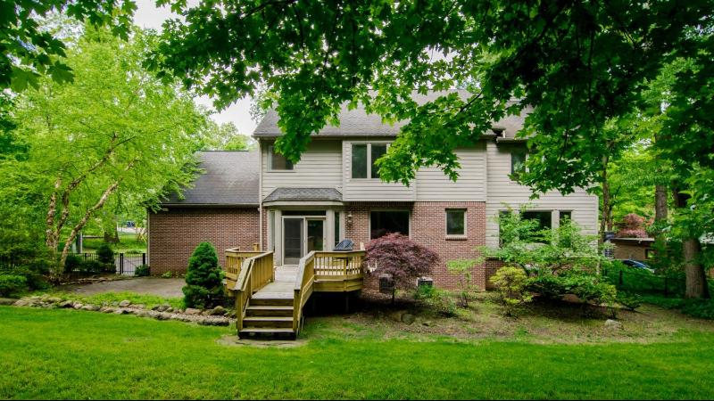 Listing Photo for 941 Aberdeen Drive