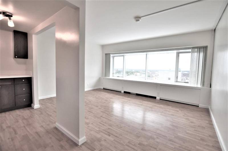 Listing Photo for 555 E William Street 13L