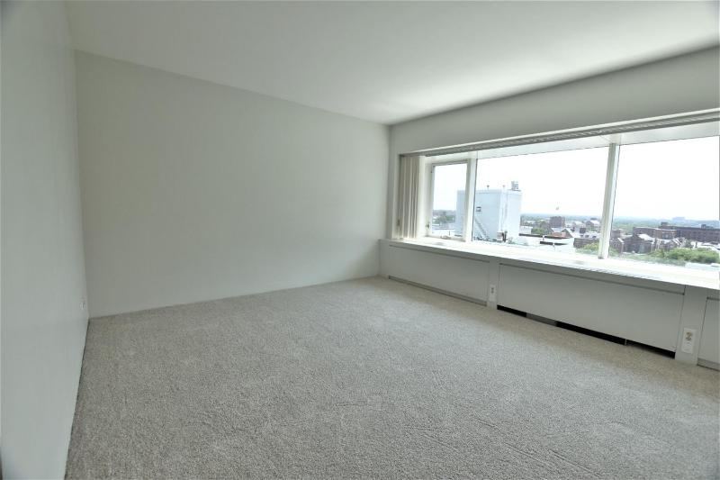 Listing Photo for 555 E William Street 12B