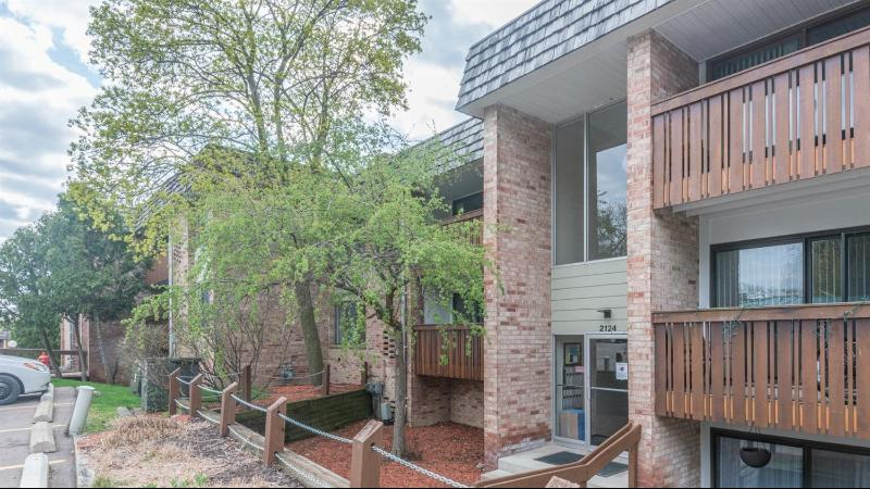 Listing Photo for 2124 Pauline Boulevard 206