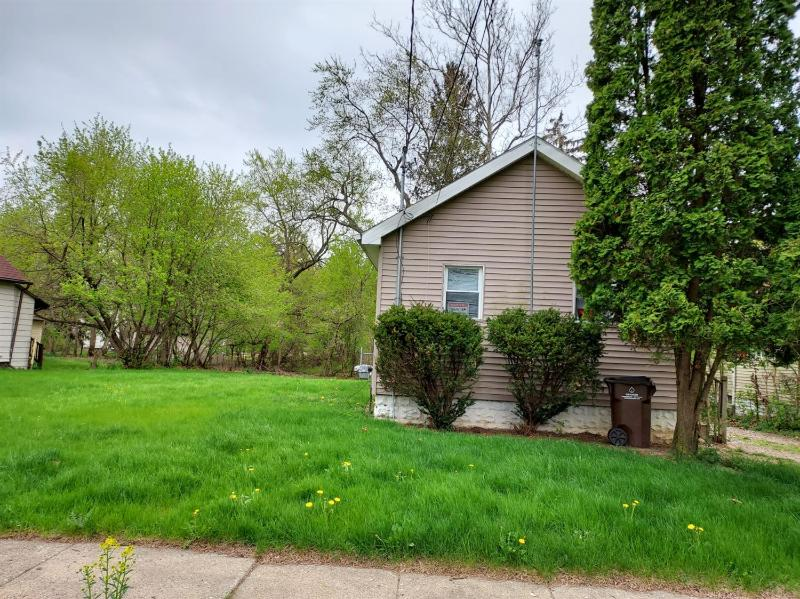 Listing Photo for 305 E Euclid Avenue