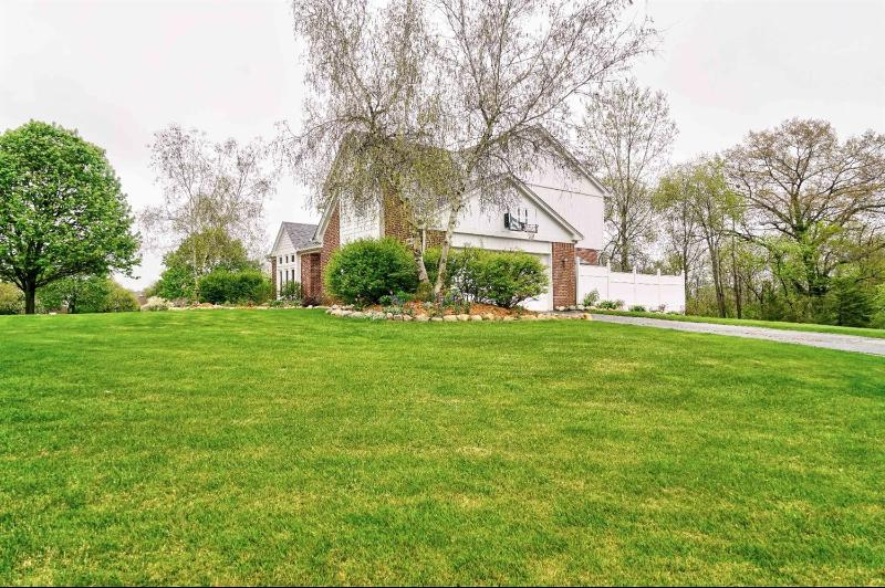 Listing Photo for 12949 Millbrooke Way