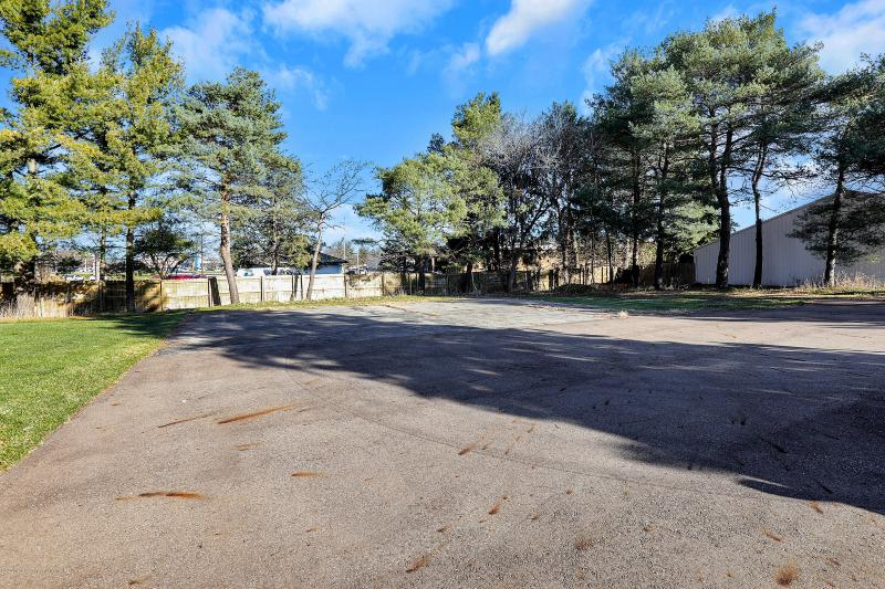 Listing Photo for 1738 Hamilton Road