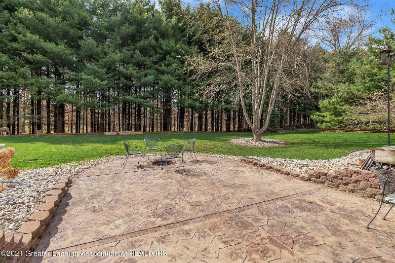 Listing Photo for 935 Onondaga Road
