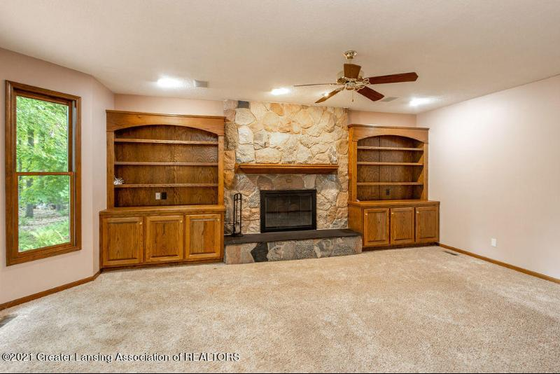 Listing Photo for 4645 Wellington Drive
