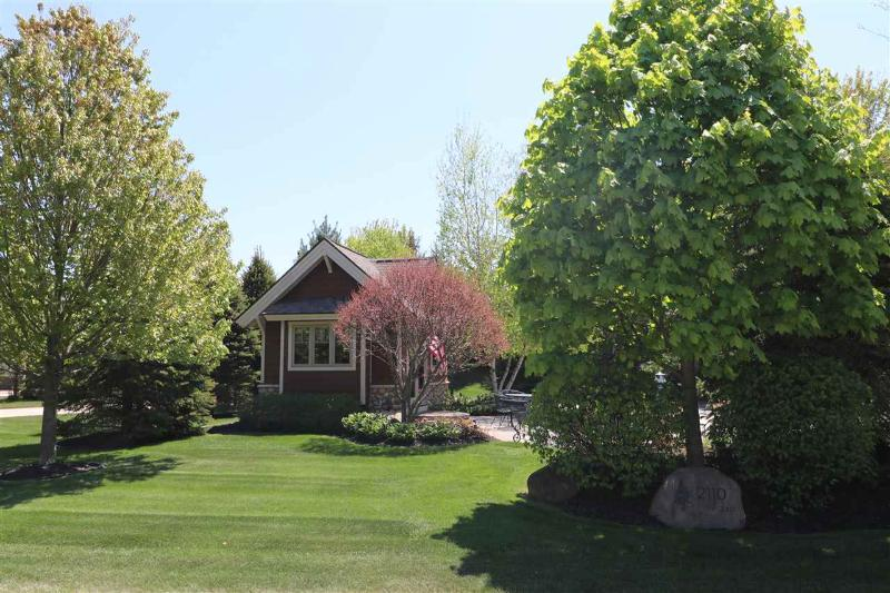 Listing Photo for 2110 Windover Drive