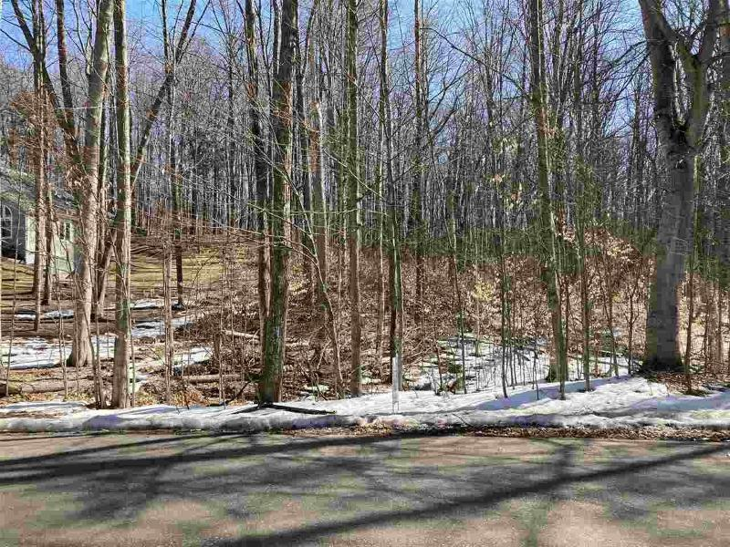 Listing Photo for 2375 Hemlock Lane