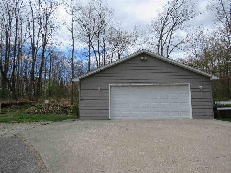 Listing Photo for 1083 W Higgins Lake Dr