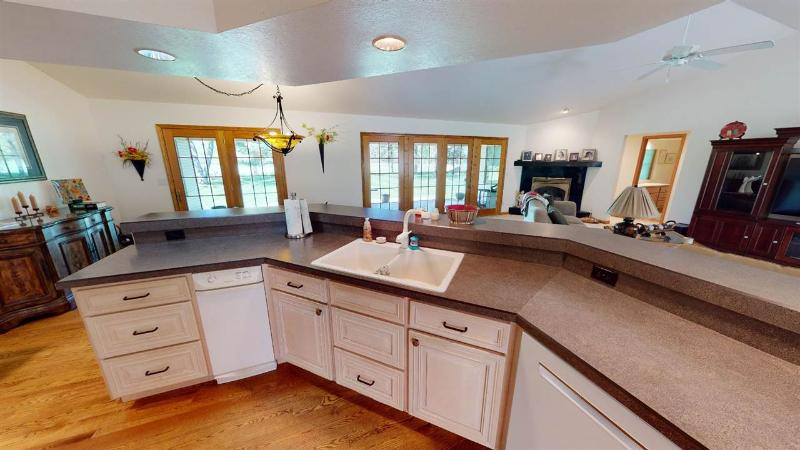 Listing Photo for 6442 Fox Run Dr