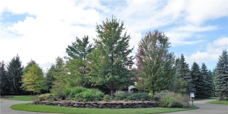 Listing Photo for 8067 Towering Pines Dr