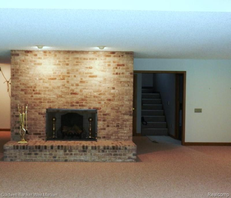 Listing Photo for 9275 Fox Hollow Rd