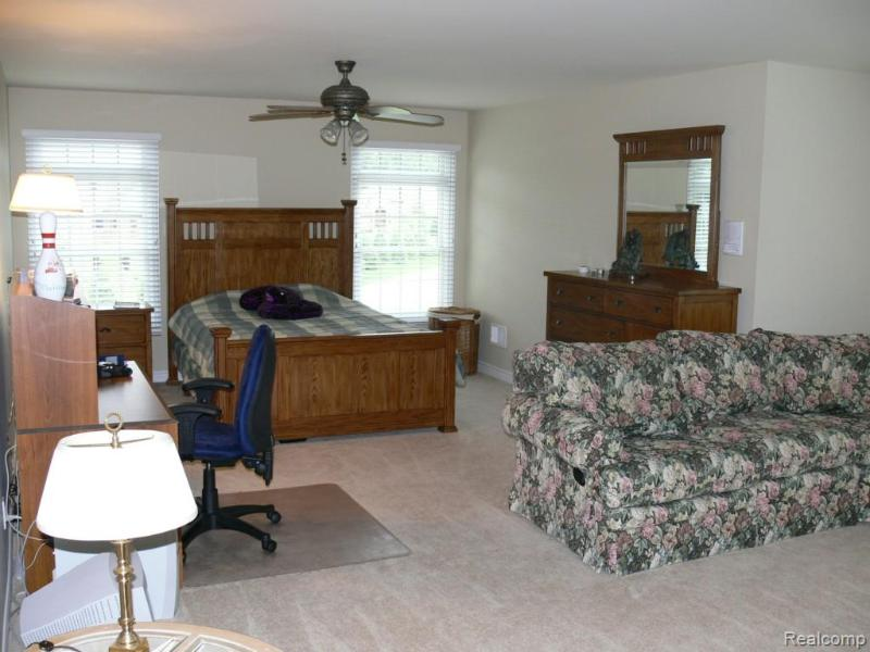 Listing Photo for 1562 Eagle Trl