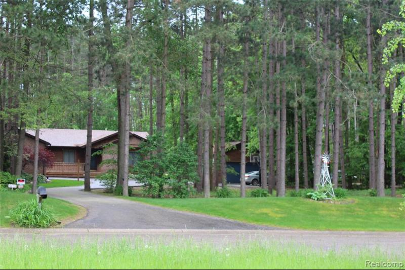 Listing Photo for 9058 Pineview Lake Crt