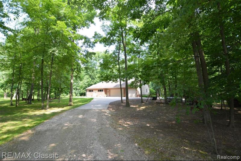 Listing Photo for 8549 Stonegate Dr