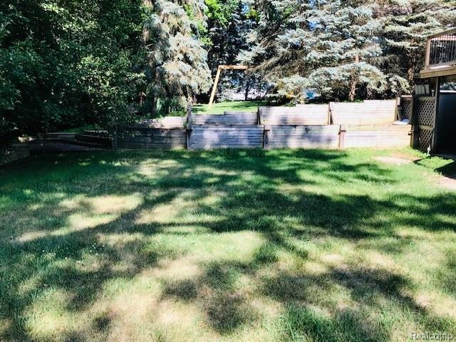 Listing Photo for 1934 Kinmount Dr