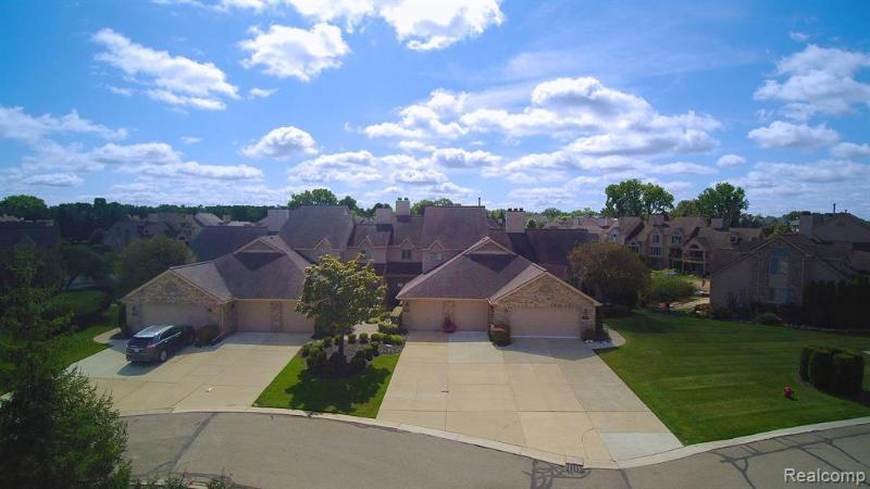 Listing Photo for 18206 Blue Heron Dr W