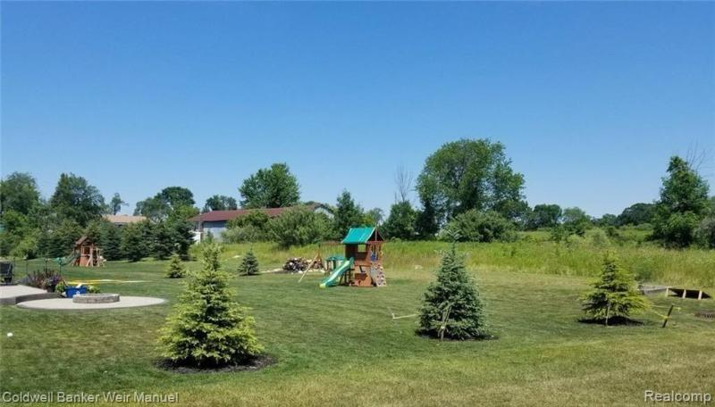 Listing Photo for 893 Mcintosh Crt