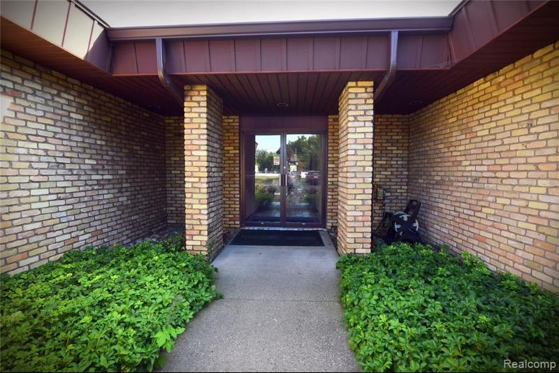 Listing Photo for 2444 E Hill Rd 5