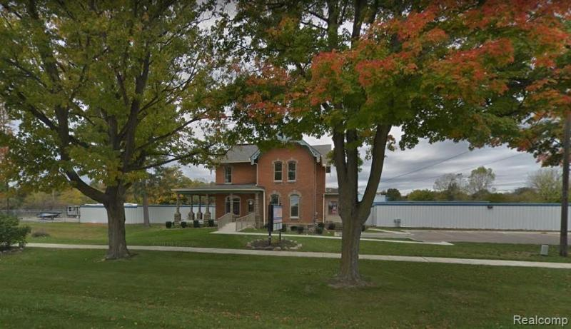 Listing Photo for 1555 N Milford Rd D