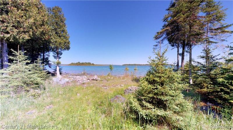 Listing Photo for 40600 S Cream City Point Rd