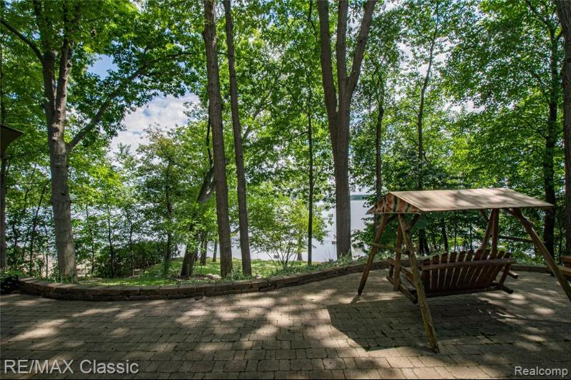 Listing Photo for 3345 Lakewood Shores Dr