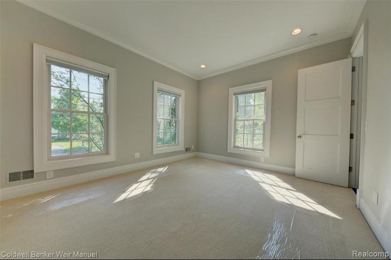 Listing Photo for 550 Shirley Rd