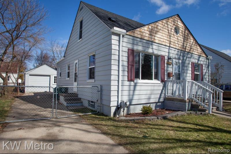 Listing Photo for 2223 Coy St