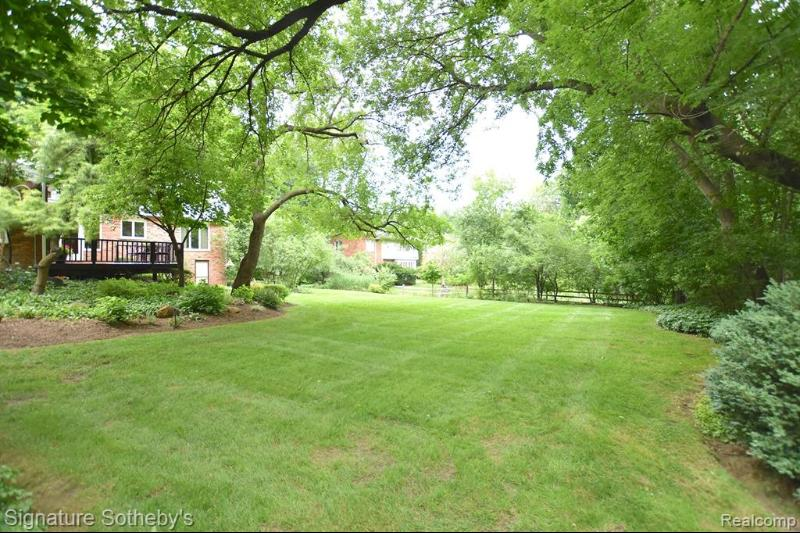 Listing Photo for 32224 Scenic Ln