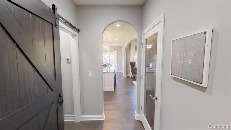 Listing Photo for 49787 Chaucer Crt