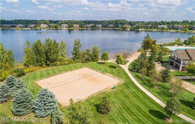 Listing Photo for 25974 Island Lake Dr