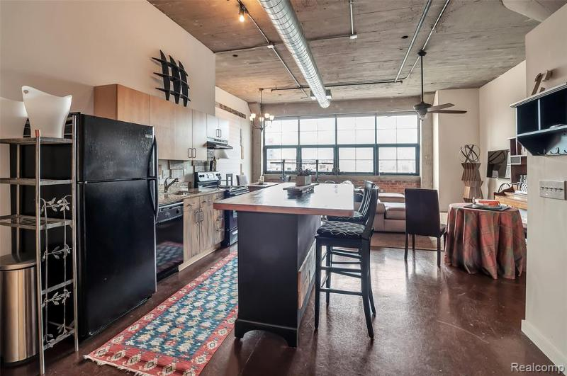 Listing Photo for 55 W Canfield St 310