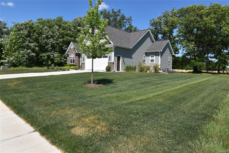Listing Photo for 8321 Meadow Creek Dr